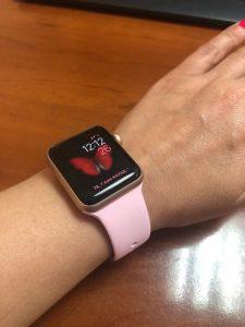 apple watch szilikon szíj halvány rózsaszín színben